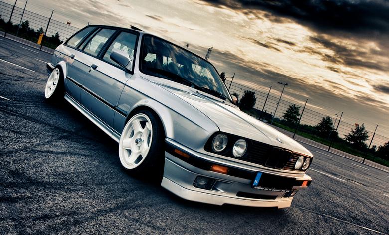 old skool BMW - een foto uit een shoot van vorig jaar, de perfect gerestaureerde bmw van m'n maat Jeffrey....