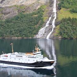 de noorse fjorden, serene natuur