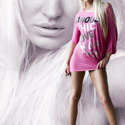 Model: Simone