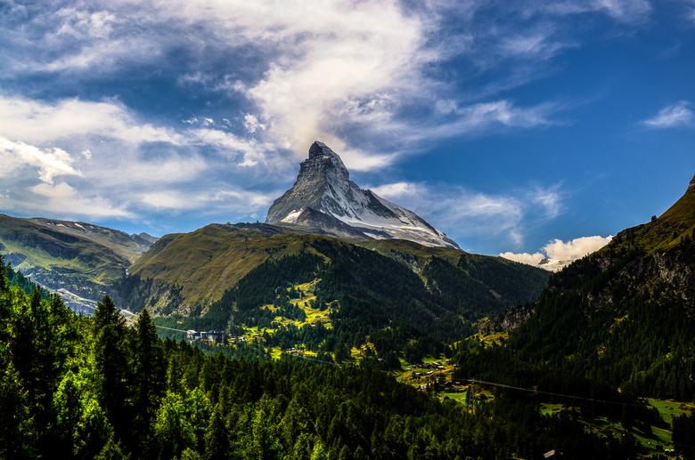 De vele tips ter harte genomen... versie 2.0 van de Matterhorn - juiste foto (bewerkt).jpg