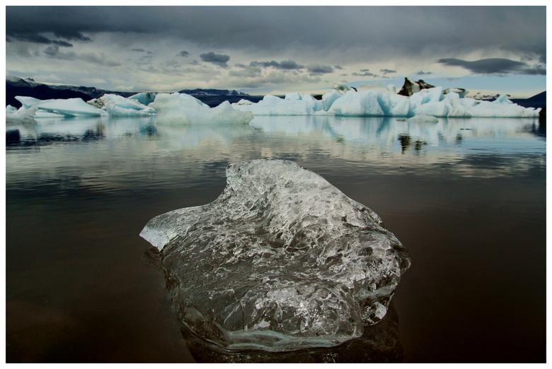 Gletsjermeer - Gletsjermeer Jokulsarllon in IJsland.