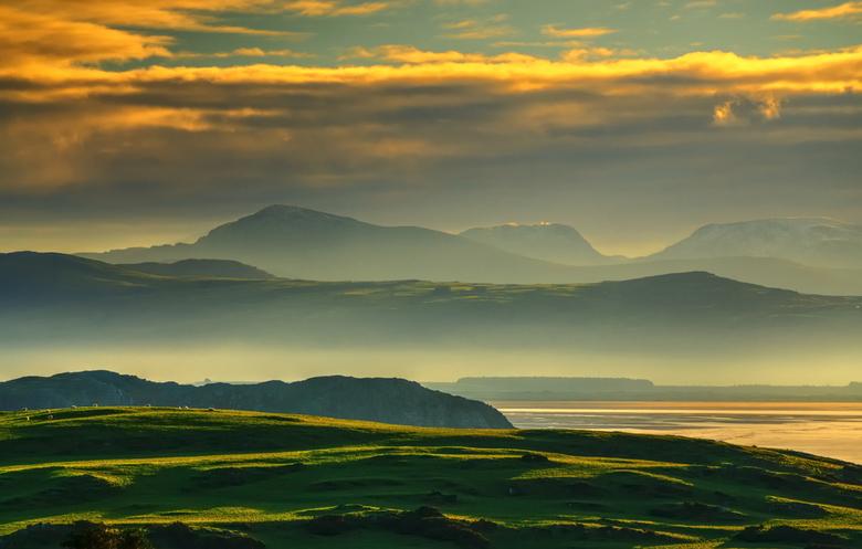 A foggy sunrise...North Wales -