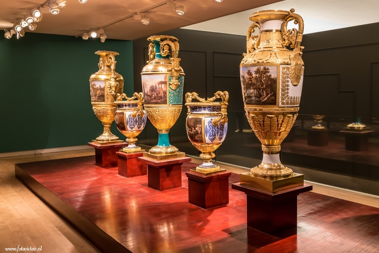 Amsterdam Hermitage - Bedankt voor de reacties op mijn vorige serie. Nu een serie van Amsterdam en een deel van de lightshow. De hele serie is te zien