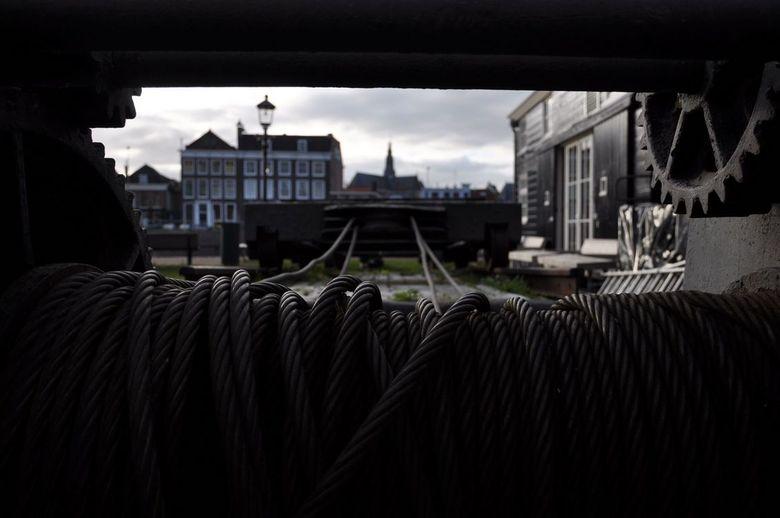 Kabels - Een blik op de St. Bavo