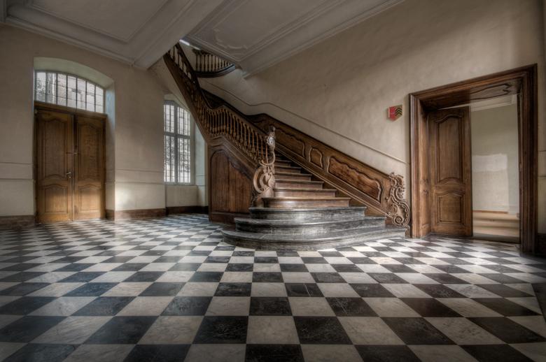 Verlaten klooster - Bedankt voor de reacties op mijn vorige foto.<br /> <br /> Verlaten klooster