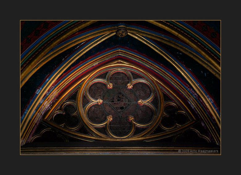 Parijs S-Chapelle3 - Ook naar de Sainte Chapelle geweest.<br /> Schitterende kerk met bijzonder fraai licht door het glas in lood (als de zon tenmins