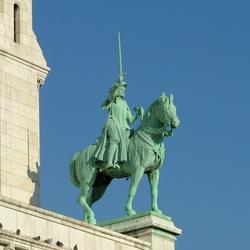 Victory op Montmartre Parijs