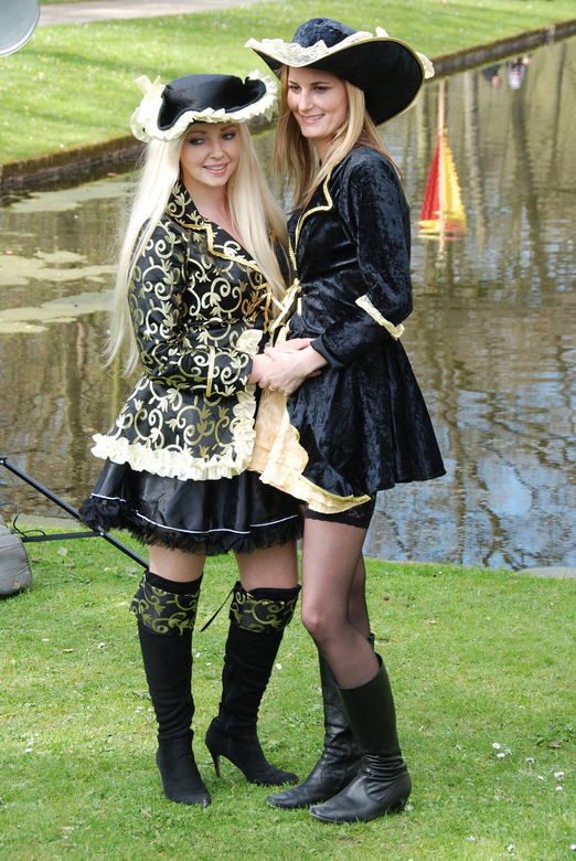 Elf Fantasy Fair te Haarzuilens 21 april 2013.JPG - Om door een ringetje te halen, in te pakken en mee te nemen qua Beauty and Elegance op de Elf Fant