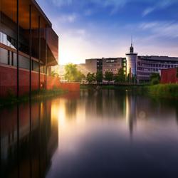 Saxxion universiteit tijdens zonsondergang