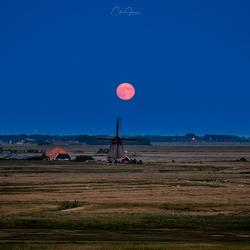 Full moon in Petten