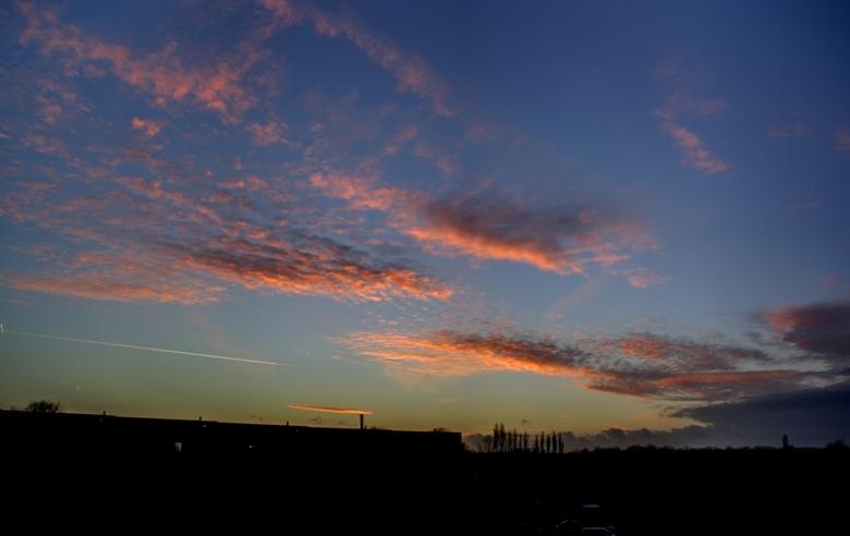 foto ondergaande zon