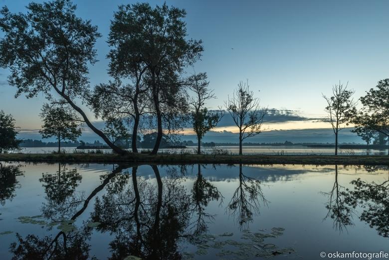 blauwe uurtje voor zonsopkomst