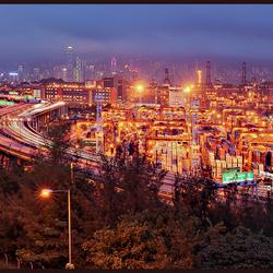Hong Kong : Container Terminal in kleur.