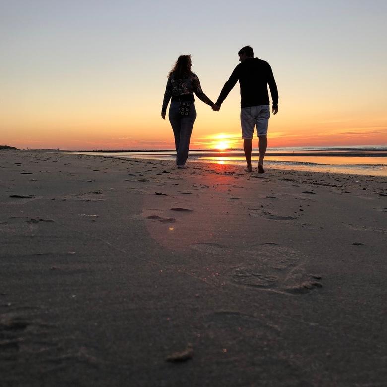6CA70133-34EC-438F-A1CE-4B3EF5C1D6F0 - Elke dag samen langs een prachtige horizon mogen wandelen op Vlieland, meer hebben wij niet nodig
