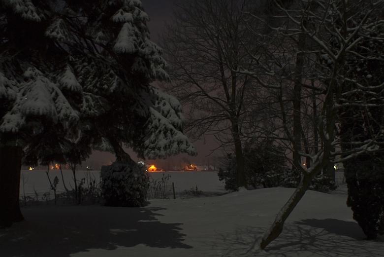 MIddernacht bij volle maan - Nachtelijk winters uitzicht