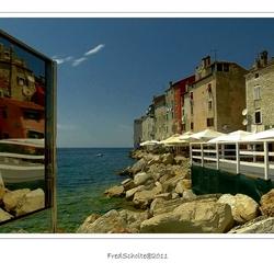 Spiegel aan Zee