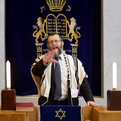Rabbijn uit de serie geloven