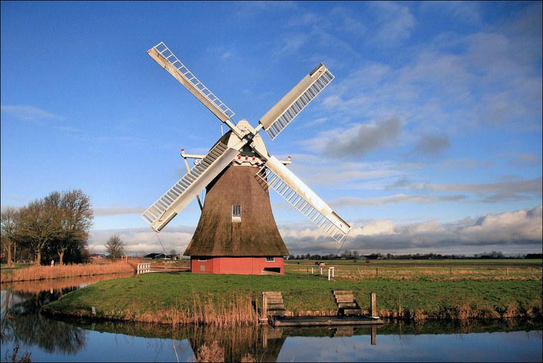 krimstermolen - Deze molen staat aan de Eemshavenweg   Aan het Boterdiep bij Zuid/Noordwolde