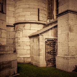 Zij-ingang kerk
