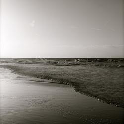 Noordwijkse zee en strand II