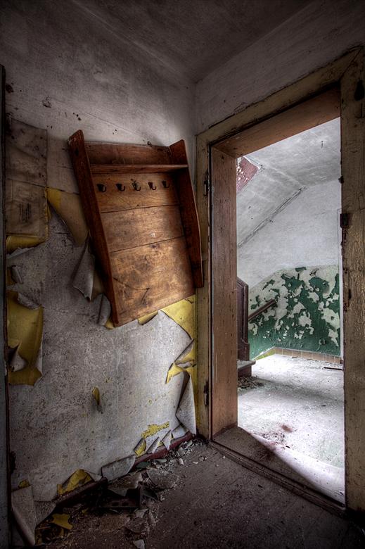 """Soviet Barracks 13/13 - Dit is de laatste foto uit deze serie.<br /> De hele serie kun je bekijken via deze link: <a href=""""http://www.lost-in-time-ue"""