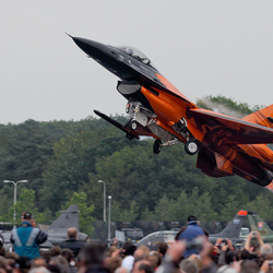 RNLAF F-16 Solo Display Team