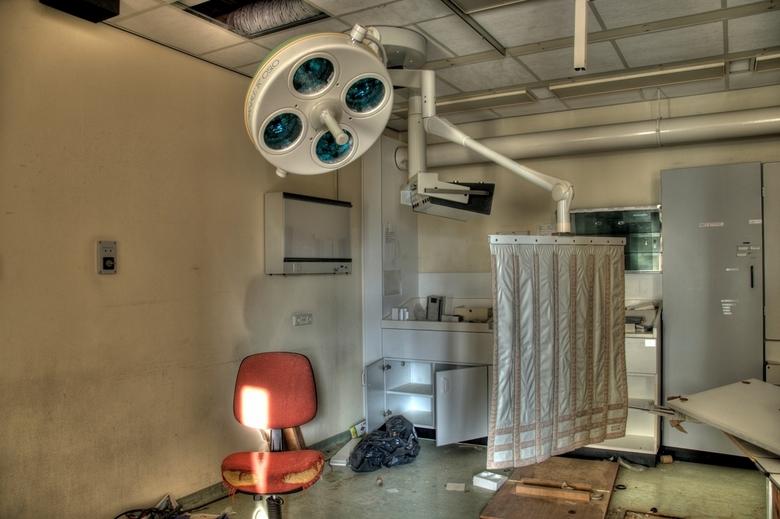 M-Ziekenhuis - Foto is genomen in een verlaten ziekenhuis. HDR