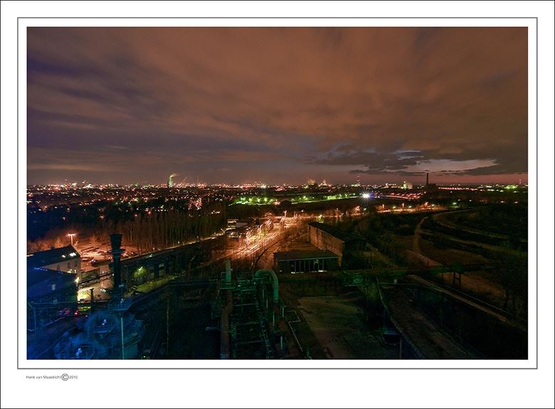 Duisburg 64 - Een stukje Ruhr gebied van bovenaf,de laatste van de serie,Dank voor het geduld en alle reacties.<br /> Fijn weekeind.<br /> Groet Hen