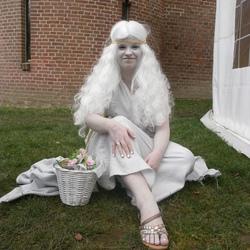 Snow White?!