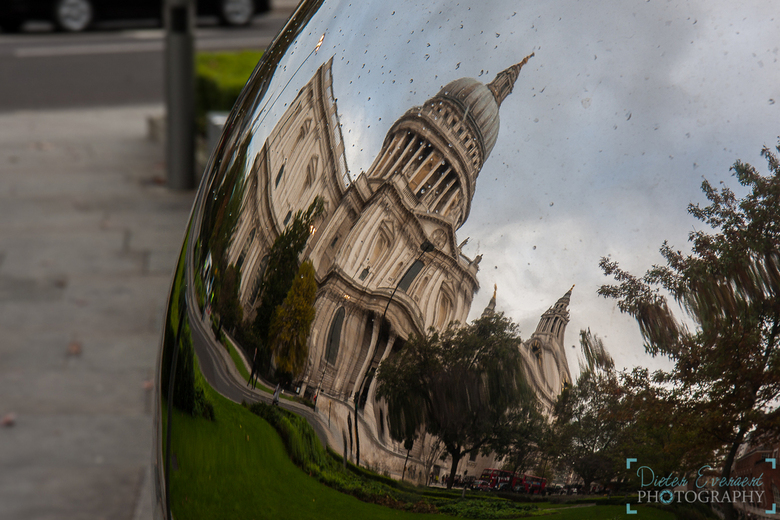 "St. Paul Cathedral - Alleen zo kreeg ik hem erop <img  src=""/images/smileys/smile.png""/> <img  src=""/images/smileys/tongue.png""/>"