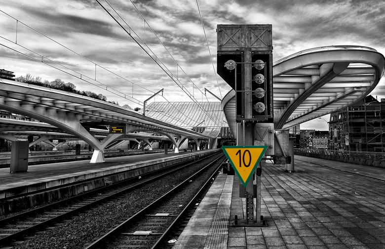 LUIK-GUILLEMINS..19 - de uitlopers van Station Guillemins