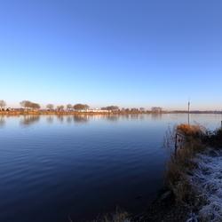 De stilte op de maas-Roermond