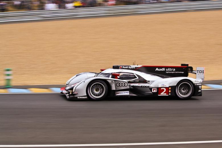 Winnaar Le Mans 2011 (Audi 2) - Gisteren was ik op Le Mans bij de 24 uurs race. Deze is gewonnen door de Audi nr. 2 in de LMP 1 klasse. <br /> <br />