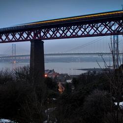 Forth bridge train