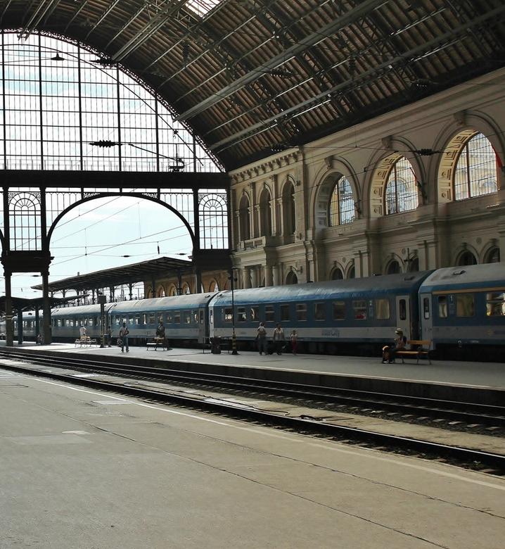 waar zouden we zijn zonder de trein - oud treinstation in Boedapest