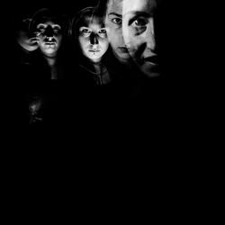 Donker eng zelfportret