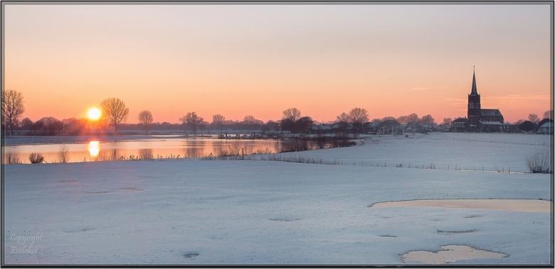 Batenburg zonsondergang - Batenburg winterlandschap