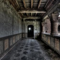 de duistere gangen van de kasteelheer