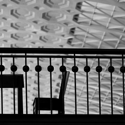 table and chair silhouet