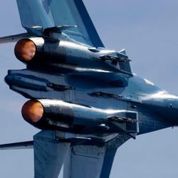 Su-27P Flanker met tegenlicht