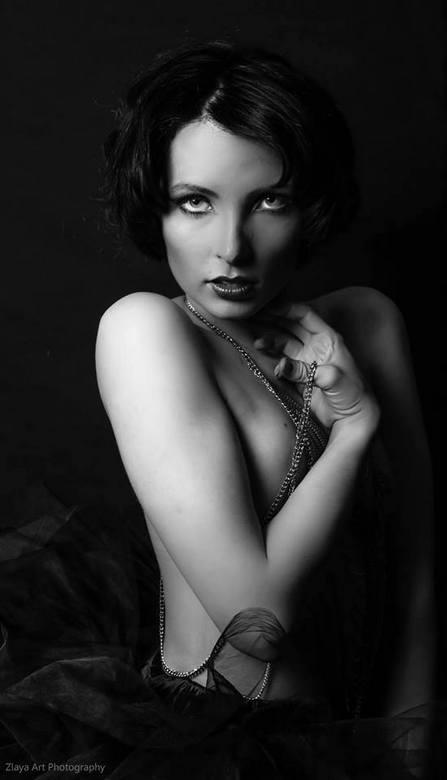 Dark Beauty - lang geleden lievemensen ..ivm met drukte was ik tijdje afwezig..komende tijd gaan we weer draad oppakken ..groetejs zlaya<br /> <br />
