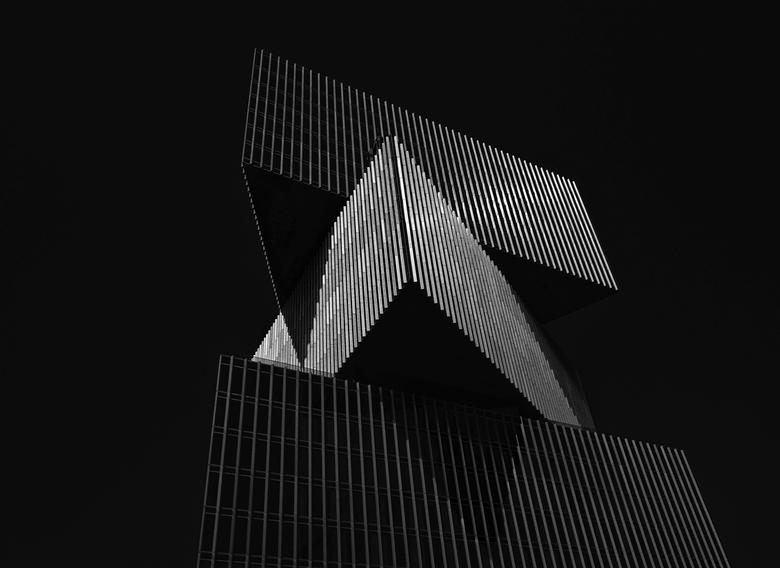 Silver Lines - groot zien aub<br /> <br /> NHOW hotel Amsterdam<br /> <br /> Fuifilm XPRO1 met Fuijfilm 18 mm f 2.0