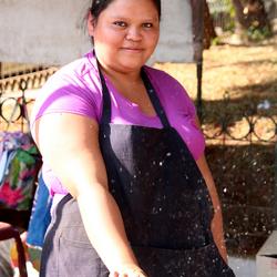 Maiskolven roosteren in Ataco (El Salvador)