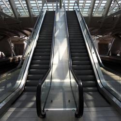 Roltrap perron station Luik
