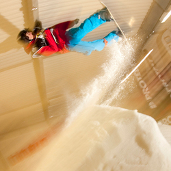 Free Ride Snowboarder