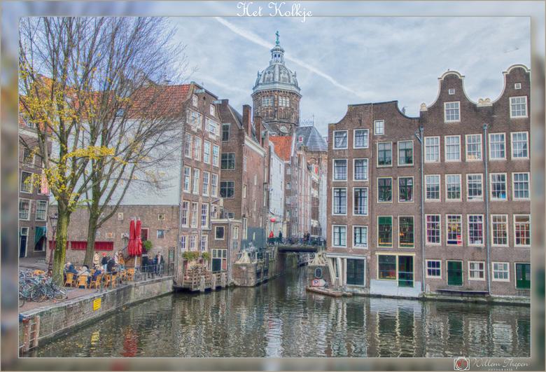 Het Kolkje - De Oudezijds Kolk is een smal grachtje in de binnenstad van Amsterdam. Het loopt via de Zeedijk naar het Open Havenfront vanuit het verle