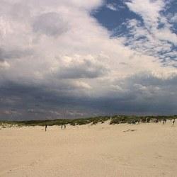 Donkere wolken pakken samen.