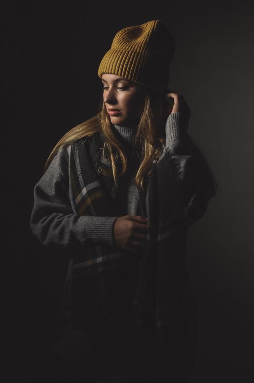 Winter is coming - Studio shoot, 1 lamp met beauty dish + grid