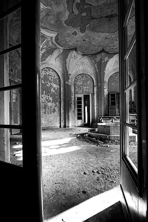 Solbad Wittekind 5 - Op 21-9-2010 hebben Daan,Wil,Jos en ik een bezoek gebracht aan dit badhuis<br /> <br /> Het is een hdr foto<br /> <br /> Kijk