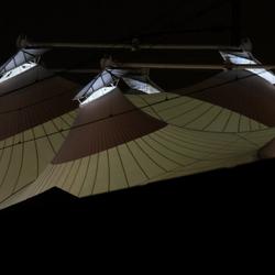 De Scheg met avondverlichting
